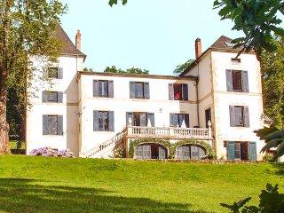 8 bedroom Villa in Cregandie, Nouvelle-Aquitaine, France : ref 5456714