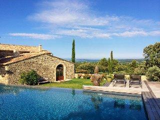 5 bedroom Villa in Coustellet, Provence-Alpes-Cote d'Azur, France : ref 5456708