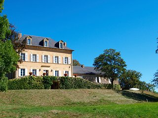 6 bedroom Villa in Tourtoirac, Nouvelle-Aquitaine, France : ref 5456735