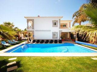 6 bedroom Villa in Terras Novas, Faro, Portugal : ref 5456101