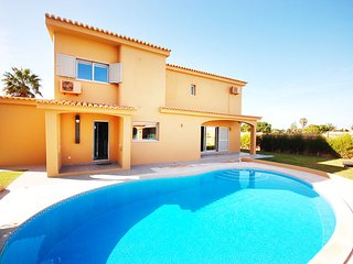 6 bedroom Villa in Galé, Faro, Portugal : ref 5456100