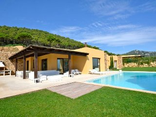 5 bedroom Villa in Aiguablava, Catalonia, Spain : ref 5456411
