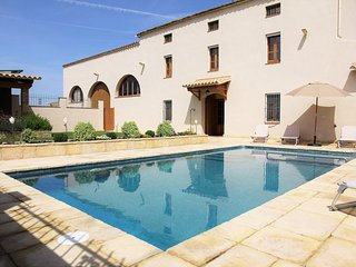6 bedroom Villa in Vilafranca del Penedès, Catalonia, Spain : ref 5456405