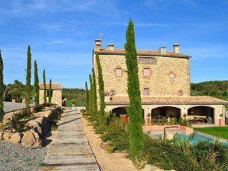 7 bedroom Villa in Solsona, Catalonia, Spain : ref 5456258