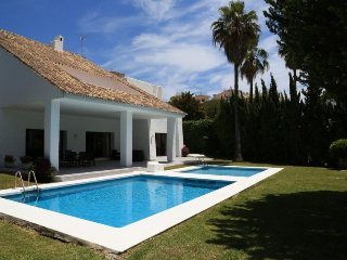 3 bedroom Villa in Puerto Banus, Andalusia, Spain : ref 5455927