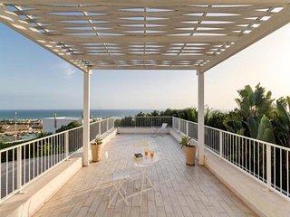 4 bedroom Villa in Marina di Ragusa, Sicily, Italy : ref 5455705