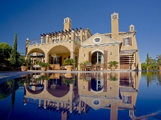 5 bedroom Villa in Quinta do Lago, Faro, Portugal : ref 5455845