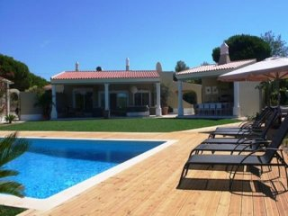 6 bedroom Villa in Quinta do Lago, Faro, Portugal : ref 5455838