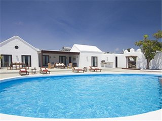 5 bedroom Villa in Puerto del Carmen, Canary Islands, Spain : ref 5455641