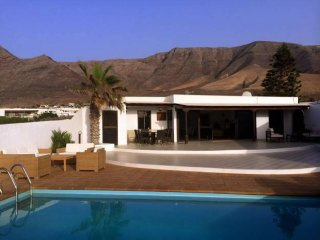 3 bedroom Villa in Famara, Canary Islands, Spain : ref 5455594