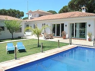 6 bedroom Villa in Sanlucar de Barrameda, Andalusia, Spain : ref 5455083