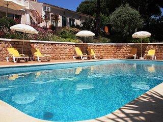 4 bedroom Villa in Quinta do Lago, Faro, Portugal : ref 5454994