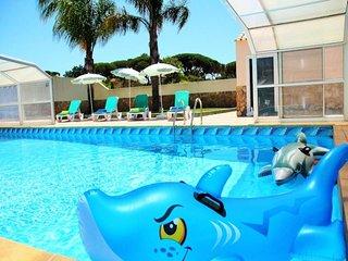 5 bedroom Villa in Almancil, Faro, Portugal : ref 5454985