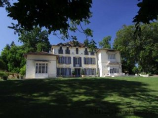 6 bedroom Villa in Bergerac, Nouvelle-Aquitaine, France : ref 5454981