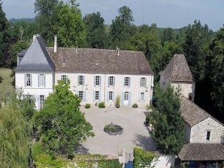 6 bedroom Villa in Issigeac, Nouvelle-Aquitaine, France : ref 5454970