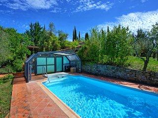 4 bedroom Villa in Gaiole in Chianti, Tuscany, Italy : ref 5453210