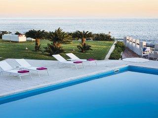 6 bedroom Villa in Fontane Bianche, Sicily, Italy : ref 5453329