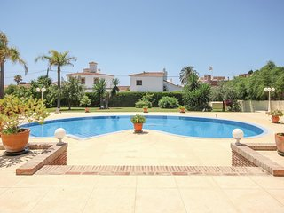 Amazing home in Marbella w/ WiFi and 4 Bedrooms