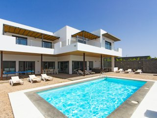5 bedroom Villa in Puerto Calero, Canary Islands, Spain : ref 5452397