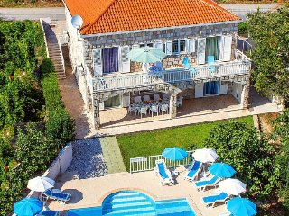 6 bedroom Villa in Durovici, Croatia - 5452374
