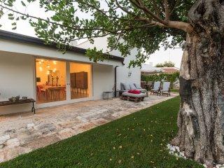 3 bedroom Villa in Rosa Marina, Apulia, Italy : ref 5452329