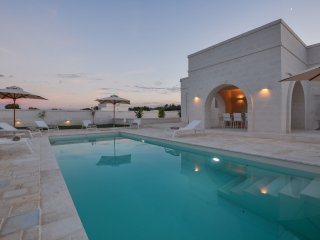 4 bedroom Villa in Ostuni, Apulia, Italy : ref 5448661