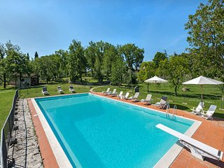 5 bedroom Villa in Radda in Chianti, Tuscany, Italy : ref 5447496