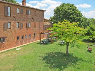 6 bedroom Apartment in Vaiano, Umbria, Italy : ref 5446296