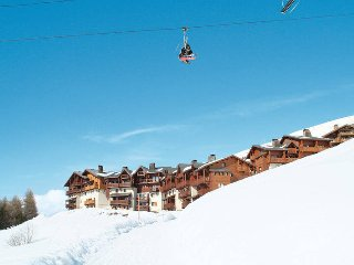 6 bedroom Villa in Les Menuires, Auvergne-Rhone-Alpes, France : ref 5445312