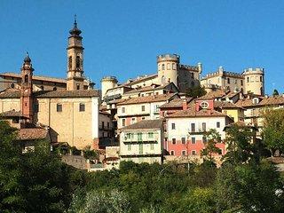 2 bedroom Villa in Costigliole d'Asti, Piedmont, Italy : ref 5443169