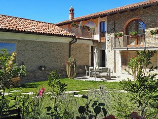 9 bedroom Apartment in Lovera, Piedmont, Italy : ref 5443214