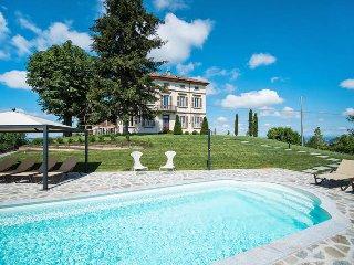 4 bedroom Villa in Costigliole d'Asti, Piedmont, Italy : ref 5443163