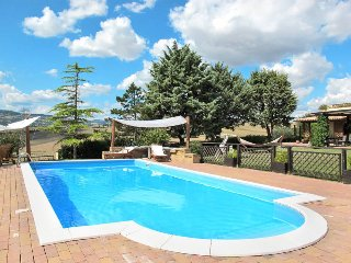 7 bedroom Villa in Cingoli, The Marches, Italy : ref 5441090