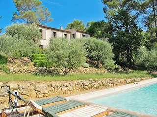 5 bedroom Villa in Lorgues, Provence-Alpes-Côte d'Azur, France : ref 5437095