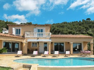 5 bedroom Villa in Carqueiranne, Provence-Alpes-Cote d'Azur, France : ref 543590