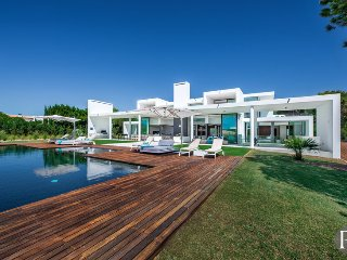 6 bedroom Villa in Vilamoura, Faro, Portugal : ref 5433537