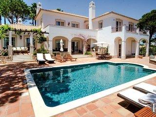 4 bedroom Villa in Vale do Lobo, Faro, Portugal : ref 5433560