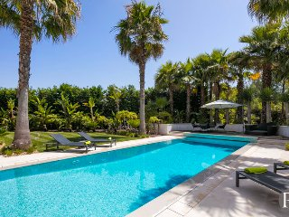 5 bedroom Villa in Quinta do Lago, Faro, Portugal : ref 5433312