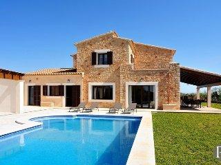 5 bedroom Villa in Cala d'Or, Balearic Islands, Spain : ref 5433280