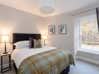 Luxury City Centre Apartment, West End Edinburgh