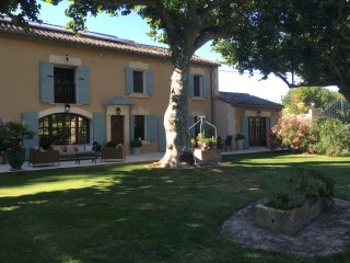 Stunning Provencal Mas in the heart of Provence in between St Remy and Avignon