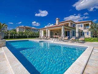 4 bedroom Villa in Kanfanar, Istarska Županija, Croatia : ref 5426491