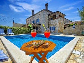 5 bedroom Villa in Labinci, Istarska Zupanija, Croatia : ref 5426353