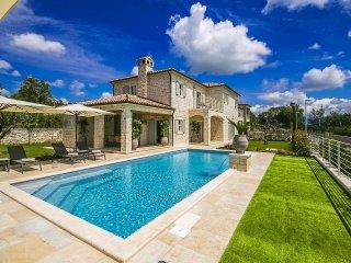 4 bedroom Villa in Kanfanar, Istarska Zupanija, Croatia : ref 5426481