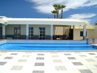 Deluxe Villa for 6 people, private swimming pool for a lovely holidays