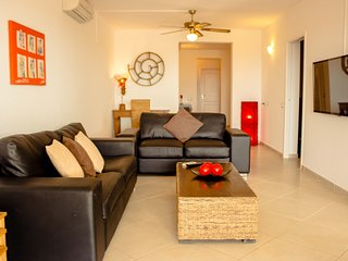 Antonio Sousa Beach - 3 Bedroom Apartment