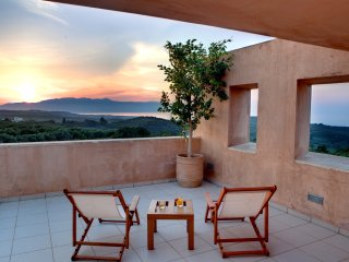 Villa AnnaNiko Chania Crete - Luxury - Private - Amazing views - Heated Pool