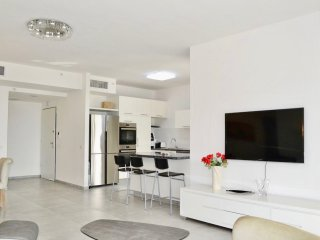 Brand New Apt – Parking – Sea View – 3 bdr #B3
