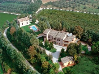 Osteria di Ramazzano Villa Sleeps 14 with Pool Air Con and WiFi - 5742605
