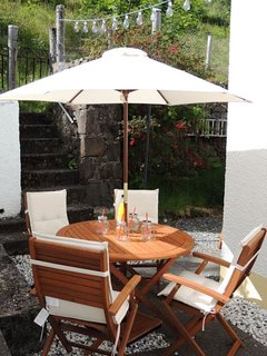 Al Fresco dining opportunities overlooking Loch Carron and Duncraig Castle.